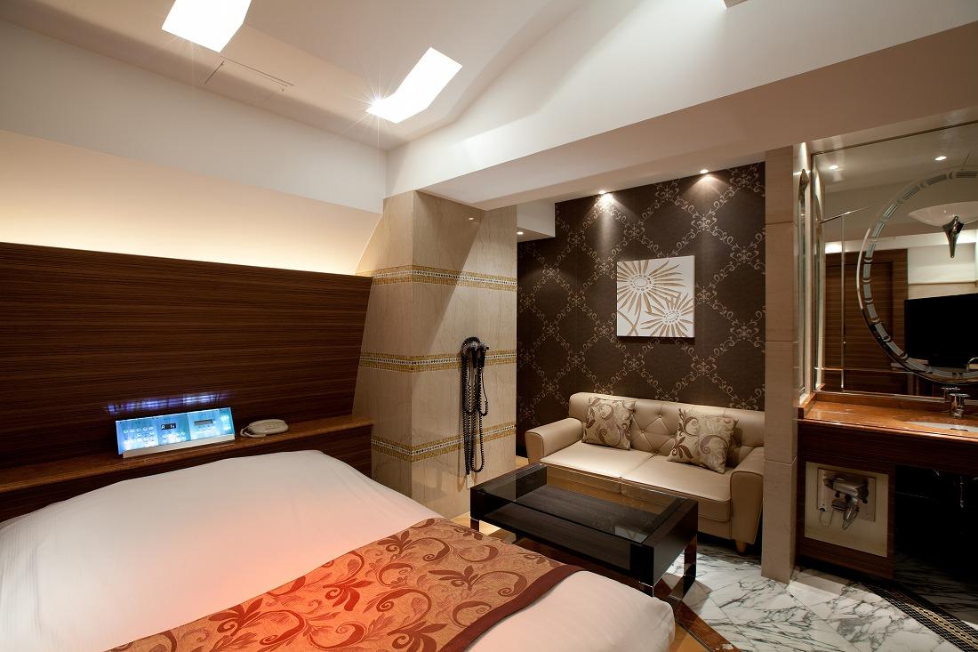 ホテル晏207号室